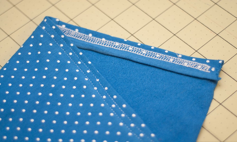 How to Do a Cover stitch On a Serger