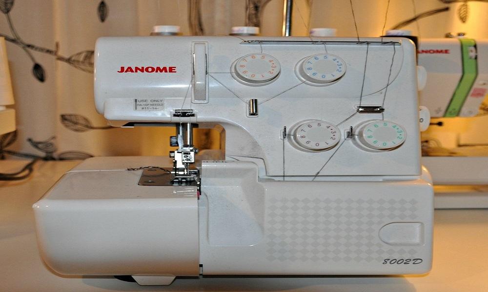 Janome Sergers Review